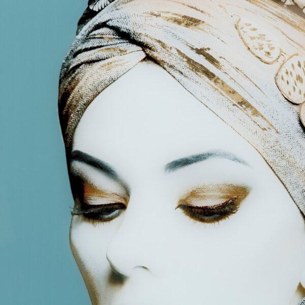 Cuadro impresión mujer gris, 80x3,7x120 cm